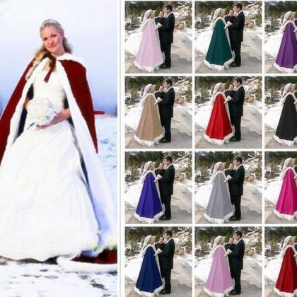 2018 Romatic Hooded Bridal Cape Ivo..
