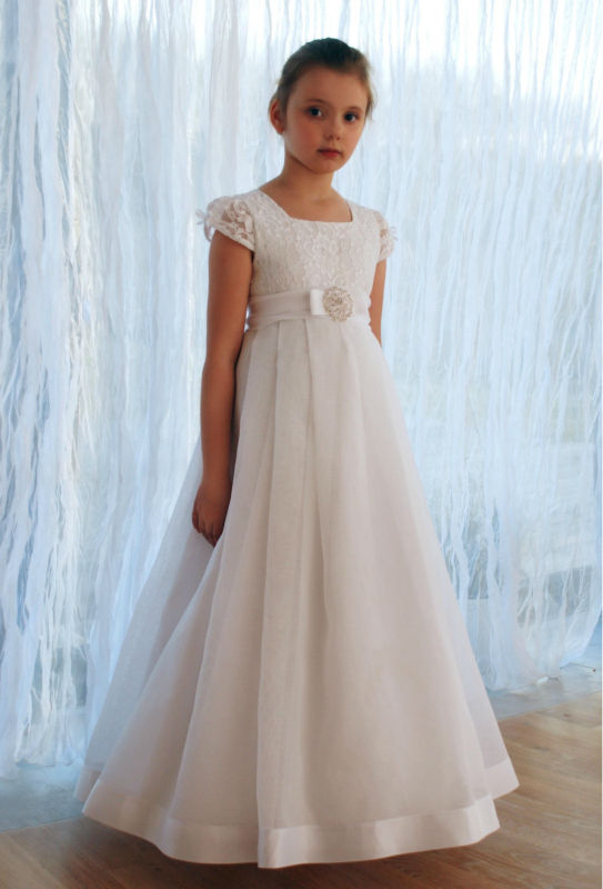 a9c221aba 2017 New Arrival Short Sleeve Lace Flower Girl Dresses Vestido de Comunion First  Communion Dresses for Girls 10 12 Pageant