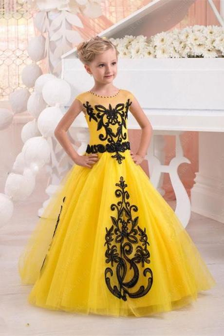 2018 Yellow Ball Gown Flower Girl Dresses with Black Lace Applique Little Kids Pageant Dress Custom Made Vestido De La Muchacha