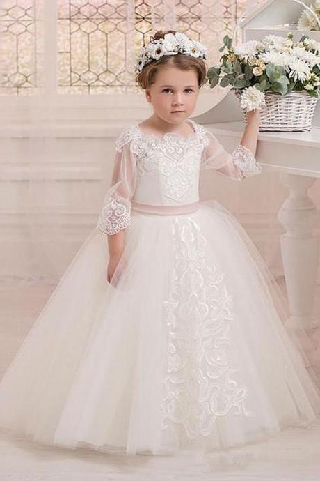 Vintage Ball Gown Flower Girls Dresses For Weddings Half Sleeves Lace Appliques Kids Formal Girl's Pageant Gowns Custom Made