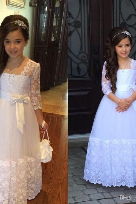 Cute Princess Flower Girl Dress Illusion Lace Sleeves Beads Lovely Bow Long Formal Vintage Flowergirl Dress for Wedding First Communion